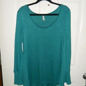 Mudd Long Sleeve pullover top Teal